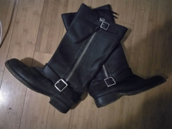19b080a18c71 Used Coach Boots size 9-10 for sale in Nanaimo - letgo