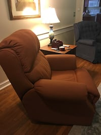 A fully powered recliner (a set of 2 available at $300 each when purchased together) Amherst, 03031