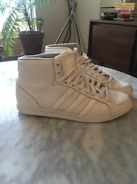 ADIDAS white high top sneakers size 8 Toronto, M6G