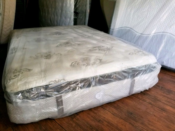 Brand New king mattress eurotop.delivery 50$ d62e5abb-2926-4a78-beb7-99eb9cea8f37