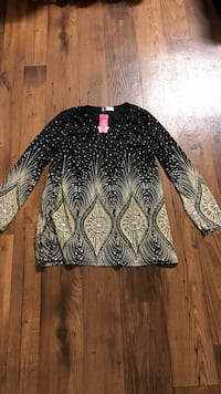 Women's black and beige long-sleeved t-shirt it's brand new size M