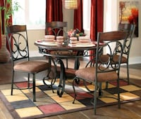 Round dining table and 2 chairs Boise, 83709