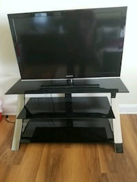 """47"""" Samsung  tv with stand"""