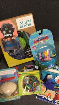 Brand new Design your own alien beanie/seashell excavation kit/boo boo buddy/magic ink book/sky landers toy Louisville, 40223