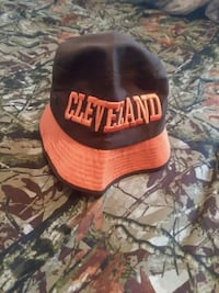 Brown and orange browns hat Willoughby, 44094