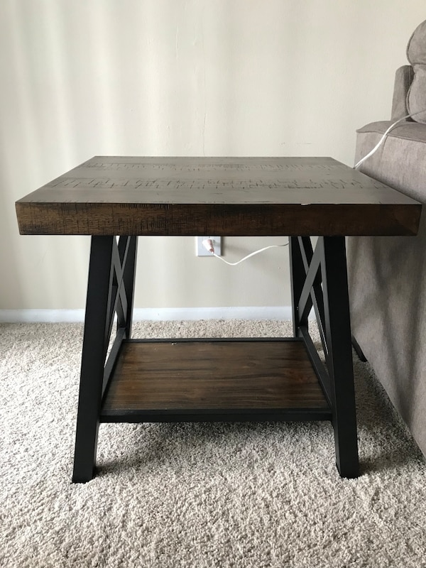Used Rustic Side Table for sale in Easton - letgo