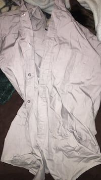 white button-up shirt Triangle, 22172