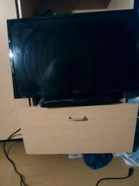 black flat screen TV with remote San Diego, 92101