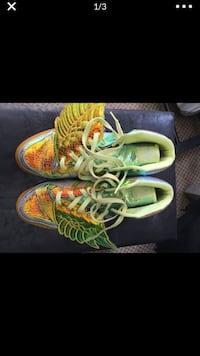 pair of green-and-yellow running shoes Temple Hills, 20748