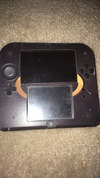 nintendo 2ds with games 593 mi