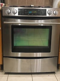Appliance- JENN-AIR Gas Range