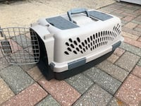 Small Pet Carrier Chicago, 60640