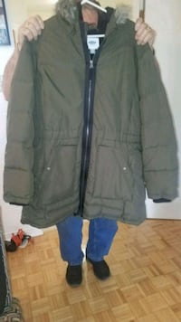 Ladies new coat paid 150. Lost weight  it xxl  Toronto, M4M 2W2
