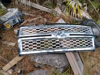 2015 Chevy truck grill Middleburg, 32068