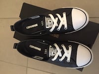 Leather Converse size 9.5 barely worn Burnaby, V3N 4W7