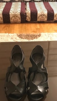 pair of gray leather open-toe heels Montreal, H1H 3R4