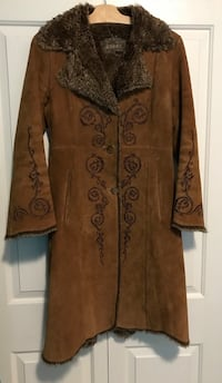 Ladies Suede Guess Jacket Size Small North Vancouver, V7J 3K4