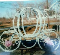 Cake carriage. Holds 5 cakes Bakersfield, 93307