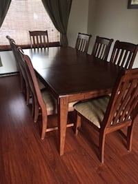 Dinning Room Table and 8 Chairs LITTLETON