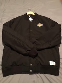 Lakers Lebron, Kobe, AD, Jacket Peace Collective size M Vaughan, L4L 9R2