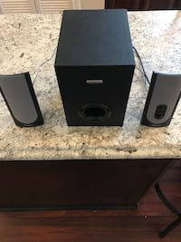 Computer subwoofer with two side speakers Dumfries, 22025