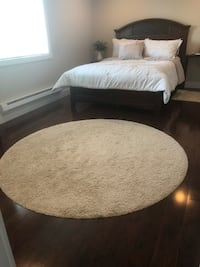 Off White Plush Round Carpet Surrey, V3W