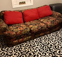 3 SEATER & LOVE SEAT ! Metairie