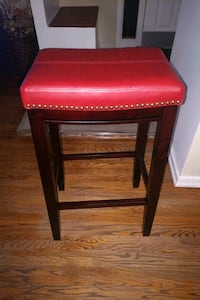 red leather padded brown wooden seat Toronto, M1G 3H2