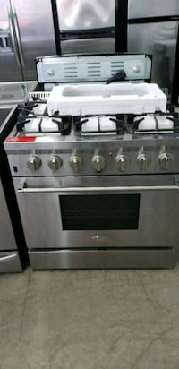 stainless steel 6 -burner gas range oven Montréal, H1P 1A2