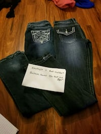 two blue and black denim jeans Enumclaw, 98022