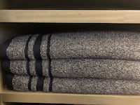 Never used Tommy Hilfiger towels (were only used for decoration) Laredo, 78045