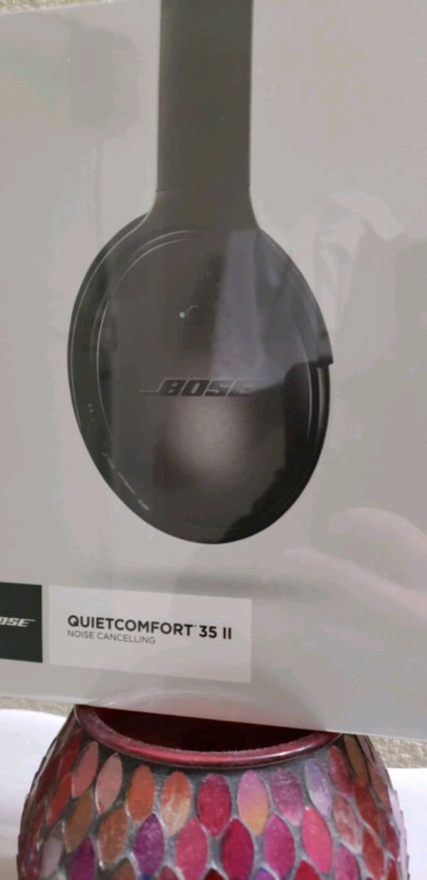 ed19d30cdc9 Brand new sealed in the box Bose QuietComfort 35ii