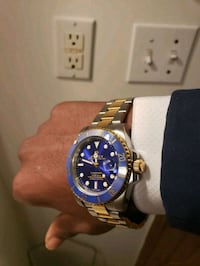Rolex Submariner Argent bleu et Or NEW Montreal, H2A