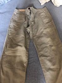 Men's Gap Khakis  Toronto, M3A 2X7