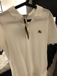New burberry white polo Mississauga, L5R