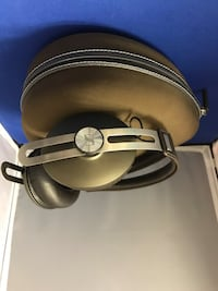 Sennheiser Momentum On Ear Headphones Toronto, M1M 1P2