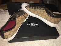 Pair of brown coach low top sneakers Phoenix, 85031