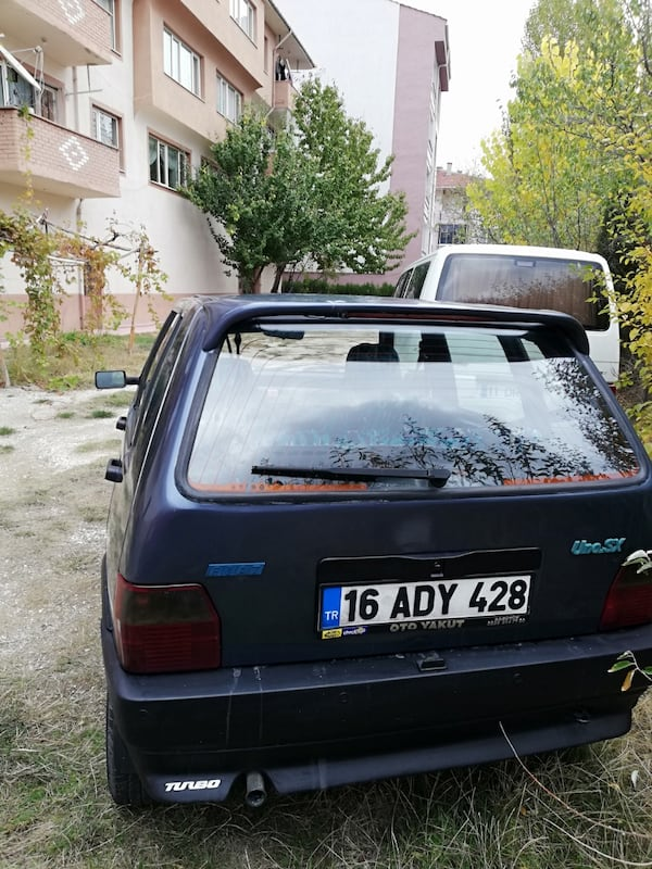1996 Fiat UNO 79f49f50-1ee5-4354-a113-8a615978d022