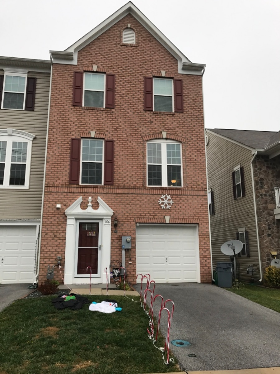 Used 3 Bedroom 2 5 Bath Townhouse In Hanover