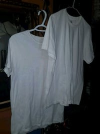 2 White t-shirts size medium Calgary, T2E 1P1