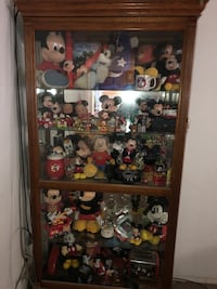 Large Mickey Mouse collection with 6.5' high display case Independence, 97351