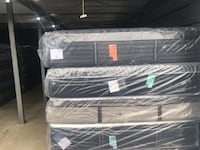 Queen n King Mattresses *BRAND NEW* -MAJOR BRANDS-Stearns & Foster/Sealy- (1/3 to 1/4 retail price)*** Somerdale, 08083