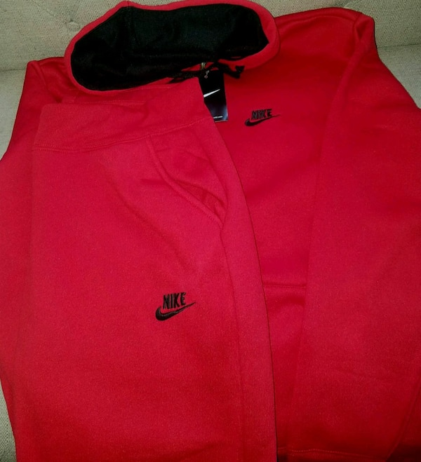 the latest 99acb fd080 New Men Red Black Nike Sweatsuit