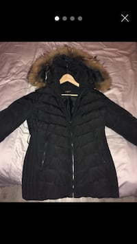Woman's puffa jacket with fur hood  London, NW4 1DJ