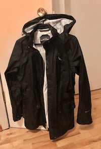 Like new Eddie Bauer Rain Coat Med women's