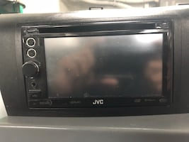 Double Din DVD/CD player with Detachable face