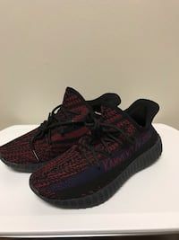 pair of black Adidas Yeezy Boost 350 V2 Vienna, 22182