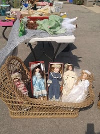 assorted porcelain doll collection Port Burwell, N0J 1T0