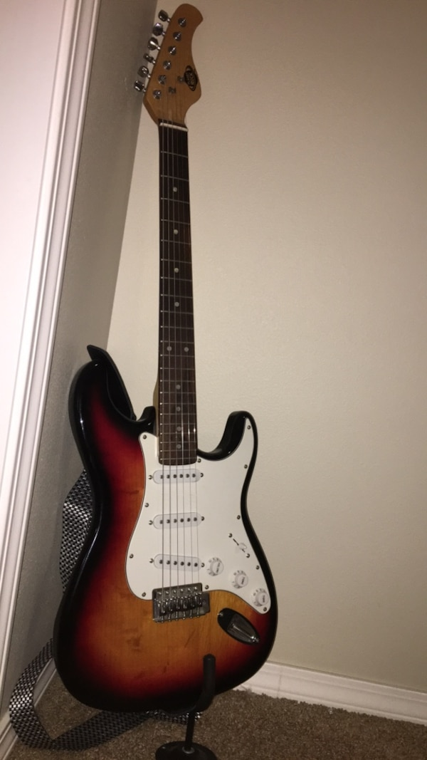Used Planet Rock Electric Guitar For Sale In Yakima Letgo