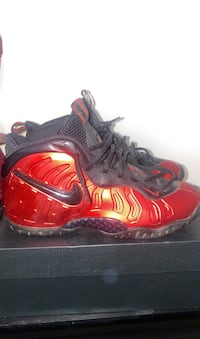 Red and black Foamposites (Boys size 7) York, 17402